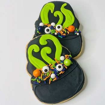Witches' Cauldron Decorated Sugar Cookie