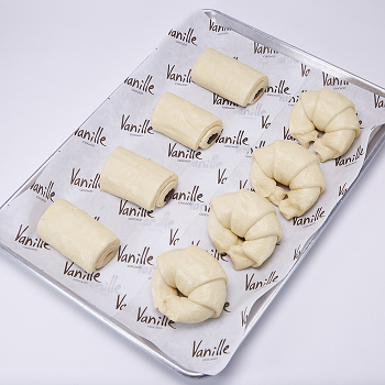 Brunch Essentials - Take and Bake Croissants
